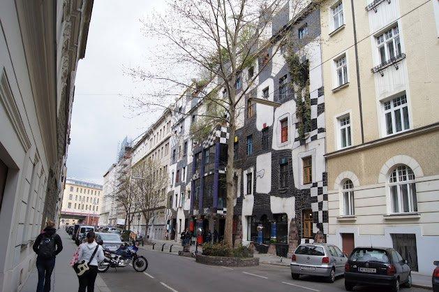 large_Kunsthauswein2.jpg