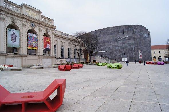 large_Museum_Quartier.jpg
