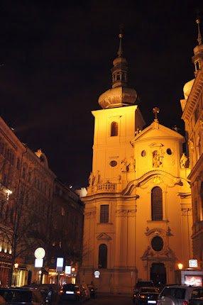 large_Night_time_Prague2.jpg