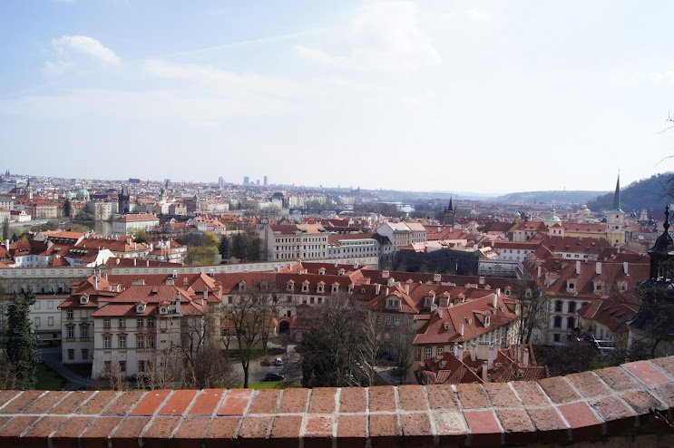 large_Prague_Castle.jpg