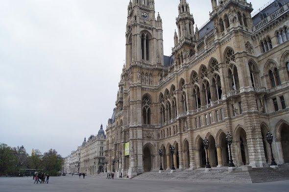 large_Rathaus.jpg