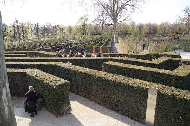 large_Schloss_Schonbrunn5.jpg