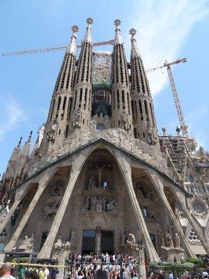 Basilica De La Sagrada Familia 2