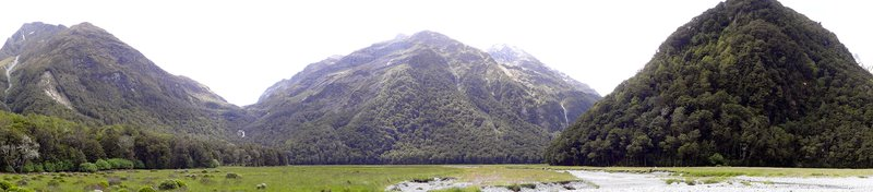 Routeburn Flats, looking towards Routeburn Falls
