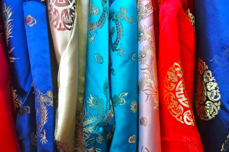 Silk fabrics in Chinatown