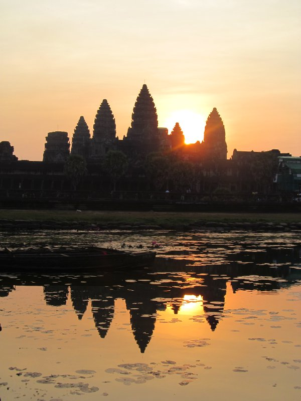 Sunrise over Angkor Wat 2