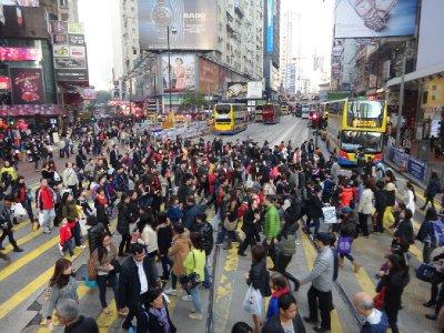 HK_sony_busycrossing.jpg