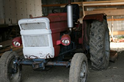 NYState_slr_tractor.jpg