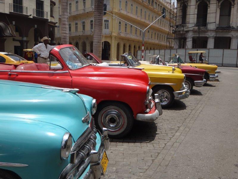 large_Cuba_Sony_Car3.jpg