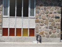 Canada_Mon..ny_houses11.jpg