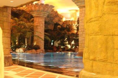 Badeland ? Næ, hotellets pool, såmænd