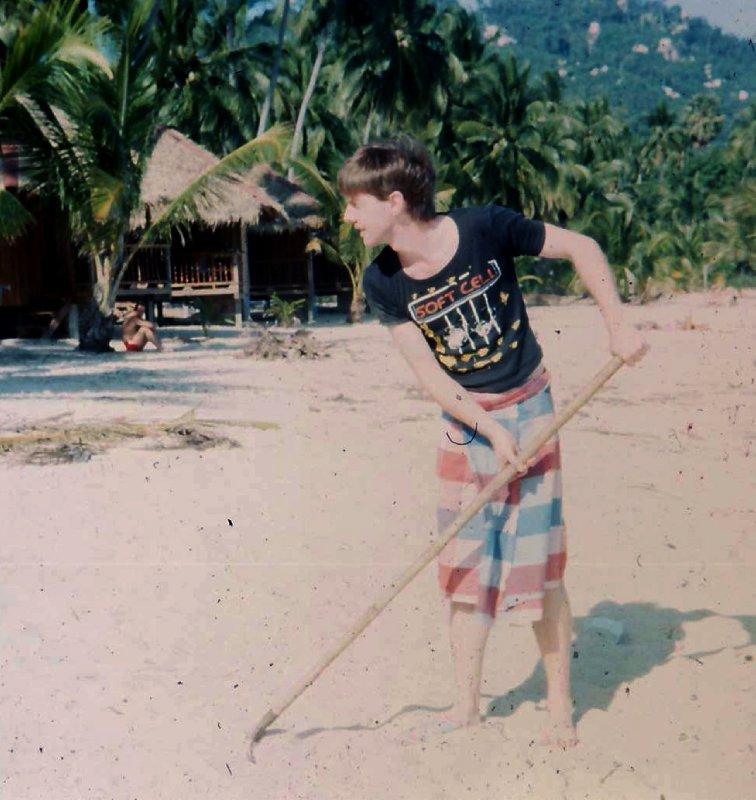 combing beach new years day 1985