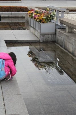 Young girl at Cenotaph