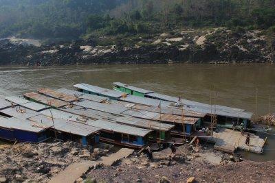 Laos_Mekong_boat_027.jpg