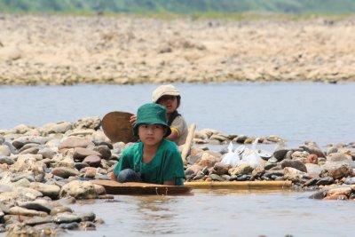 Laos_Mekong_boat_130.jpg