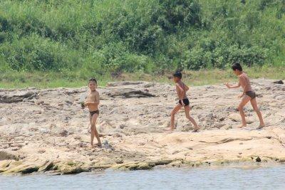 Laos_Mekong_boat_139.jpg