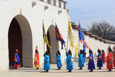 Palace standoff