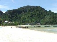 phi_phi_beach.jpg