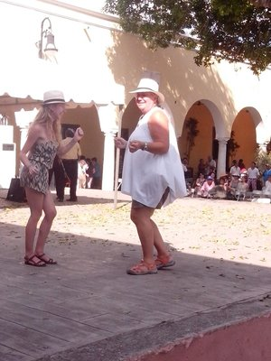 Sheena and Andrea dancing in Santa Lucia square