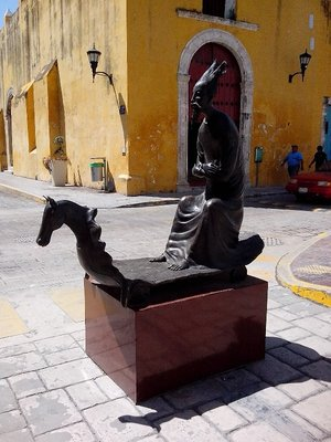 Wonderful street sculpture