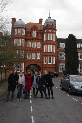 Catch up with the Newnham ladies (and random guy!)