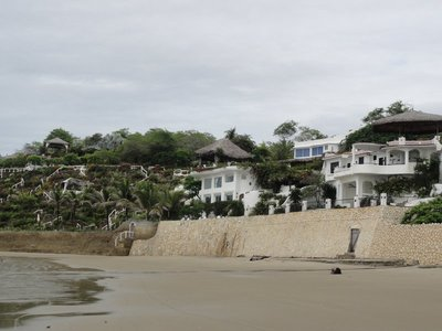 Houses along the Playas beach