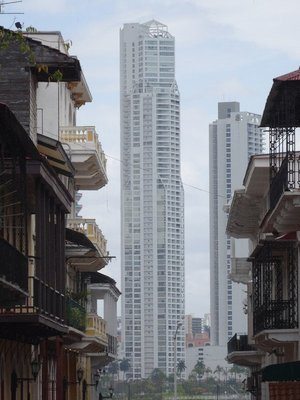 Panama City, old and new