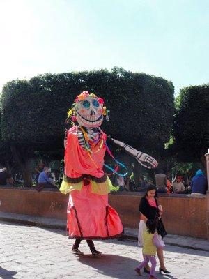 Giant costume