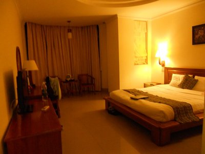 Golden Sea Hotel room