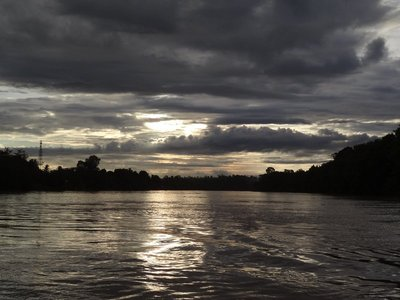 Sunrise Kinabatangan River cruise