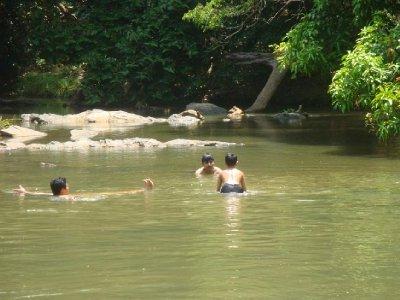kurva river bathing1