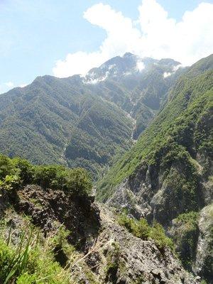 Jhuliu Trail