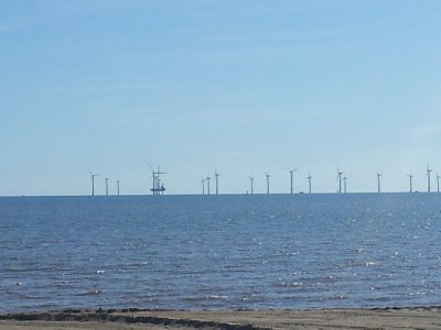 Offshore windfarm construction