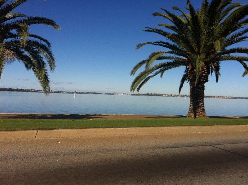 Perth_Swan River