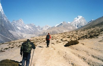 walking in Everest region