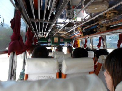 Bus to Chiang Kong