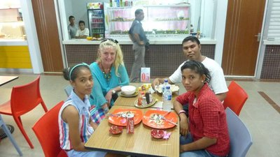 Lunch at the Timor Plaza with students of Sao Miguel College