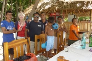Lunch at Baucau becomes a family affair