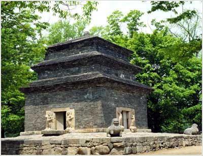 Bunhwangsaji Temple