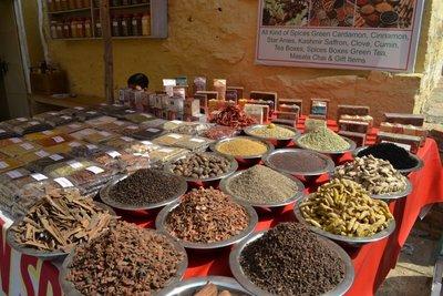 Spice seller indise Jaisalmer Fort