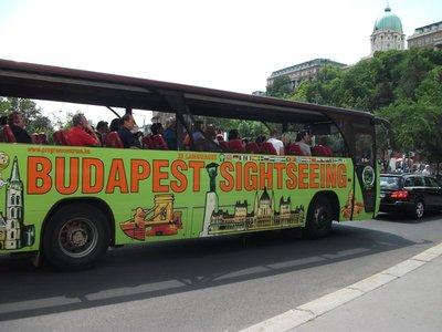 sightseeing_bus.jpg