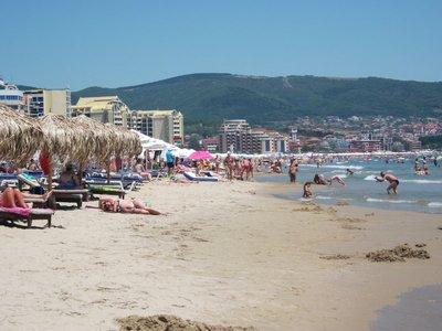 sunny_beach.jpg