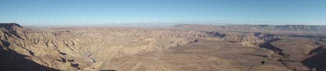 Fish River Canyon, 550m deep and 160km long
