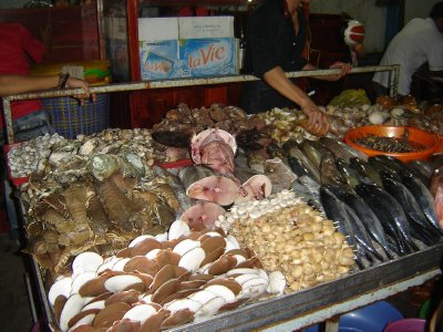 Above: Seafood at the Night Market, Duang Dong.