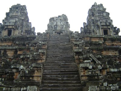 Above: The imposing Ta Keo - a huge, pyramid-like temple.