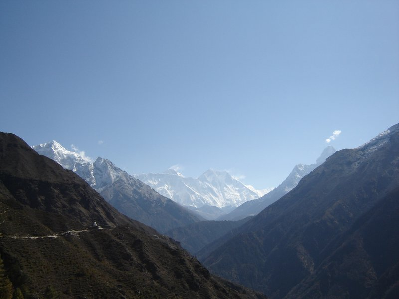 L-R: Cholatse (6335m), Tabuche (6367m), Nuptse (7861m - the flat ridge below Everest), Everest (8848m), Lhotse (8516m), Lhotse Shar (8382m) and Ama Dablam (6856m)