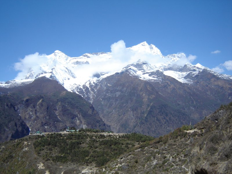 Above: The start of the Kongde Ri range to the west of Namche.