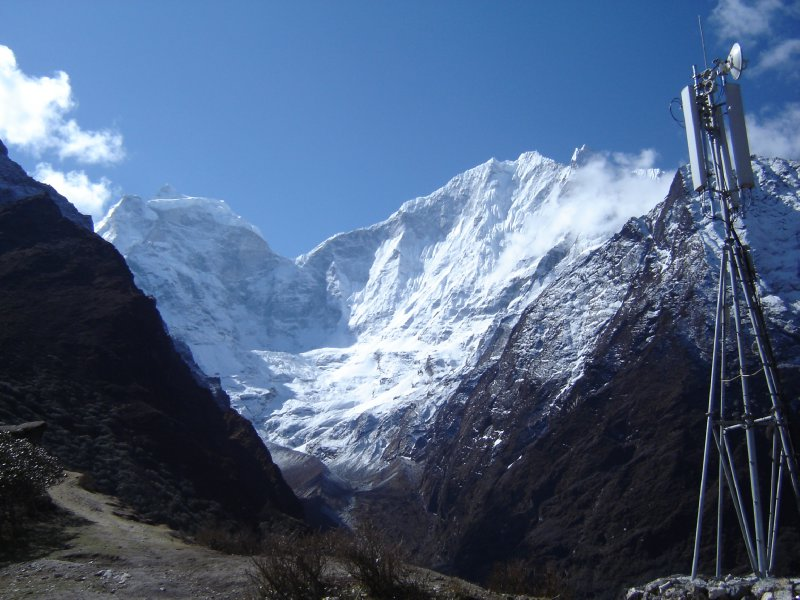 Above: Kangtega and/or Thamserku taken from Tengboche.
