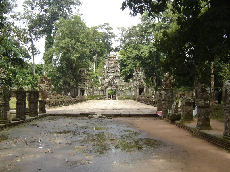 Above: The entrance to Preah Khan.