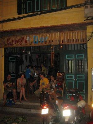 knights bar hanoi